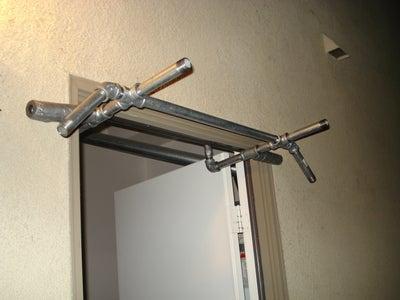 No Screws or Holes Pull Up Bar / Door Gym