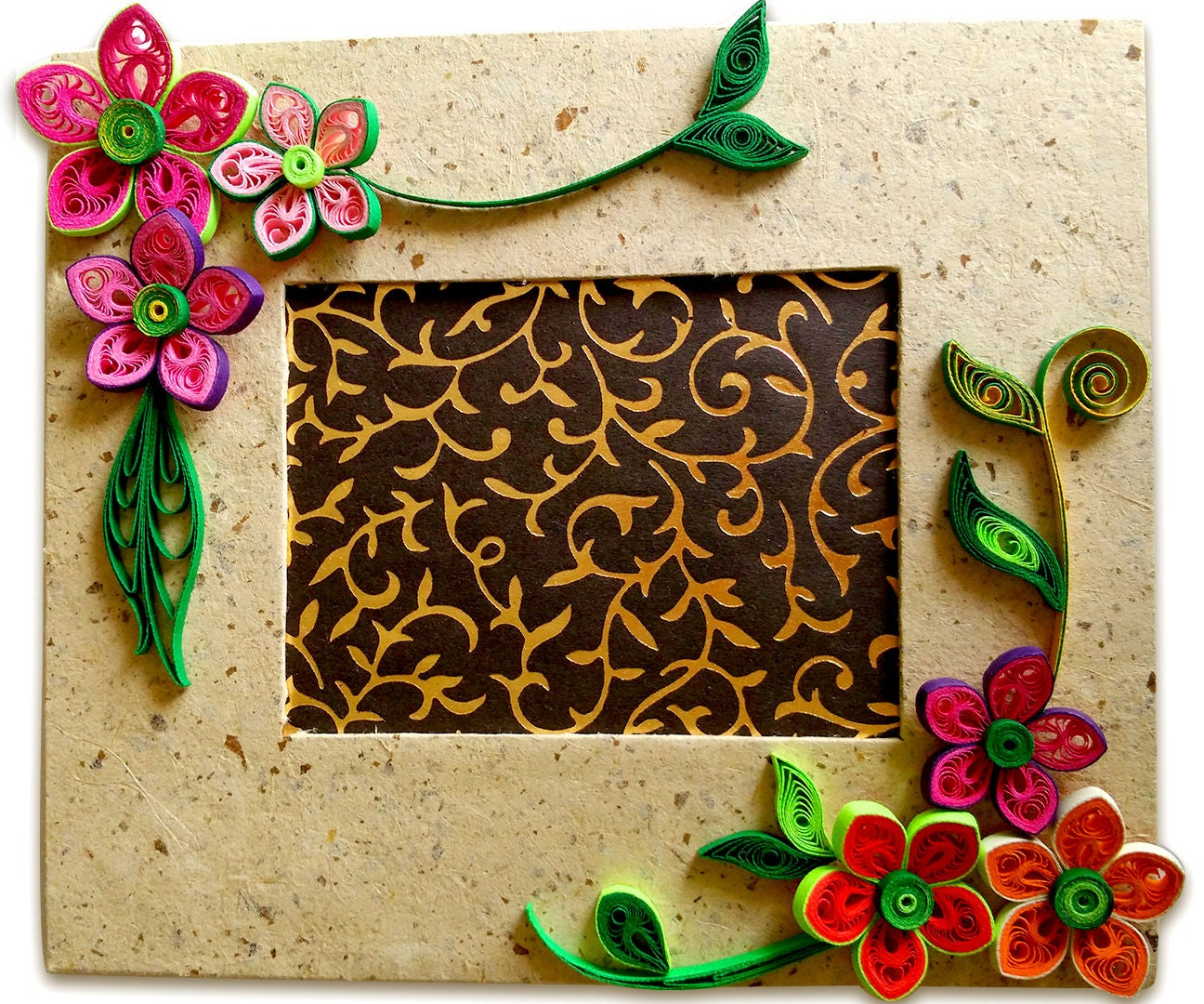 How To Make Beautiful Quilling Photo Frame Easy Craft Ideas 4