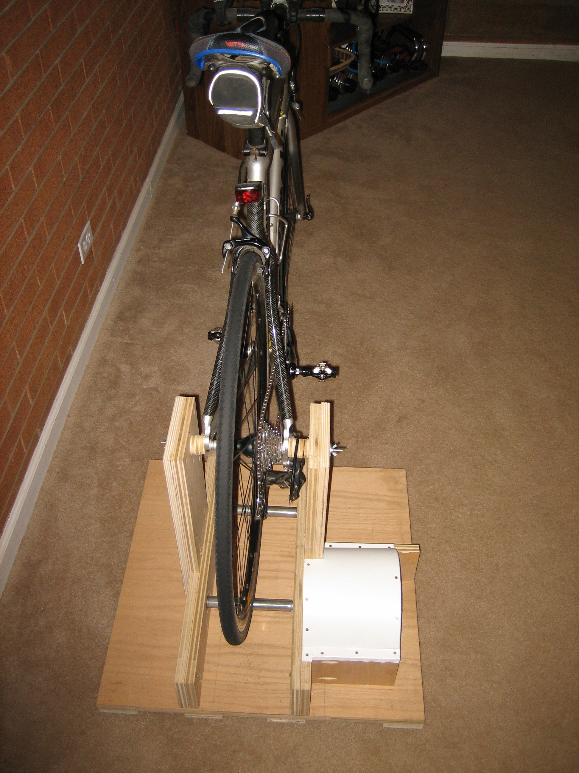 Picture of Indoor Bike Trainer