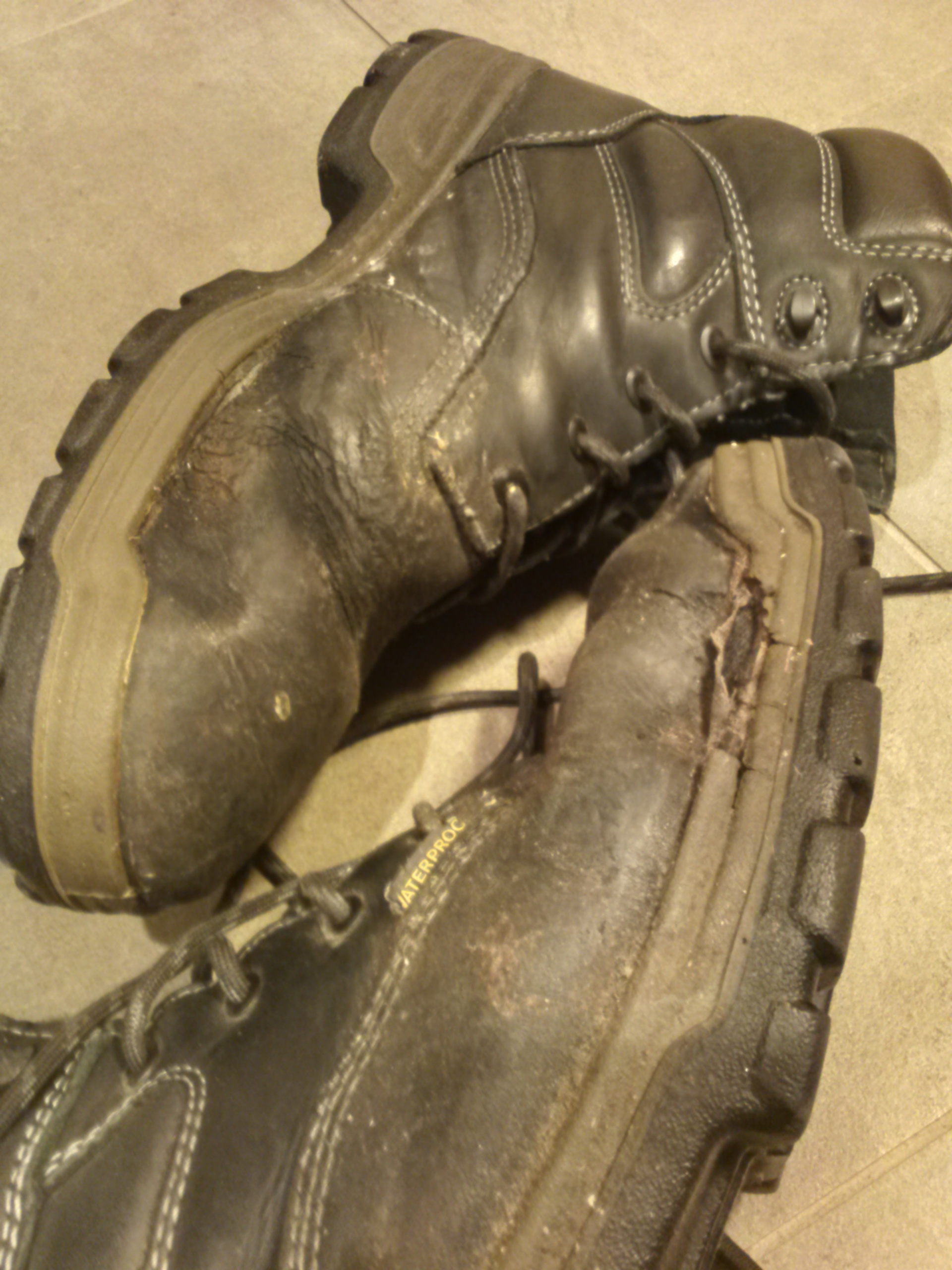 Picture of Waterproof Boots With Beeswax