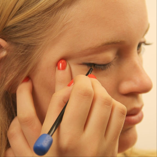 DIY Eyeliner Brush