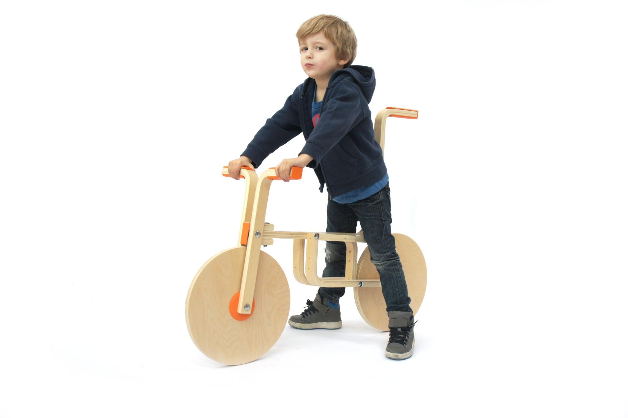 Frosta Krukje Ikea : Diy draisienne hack of ikeas frosta stool by andreas bhend and