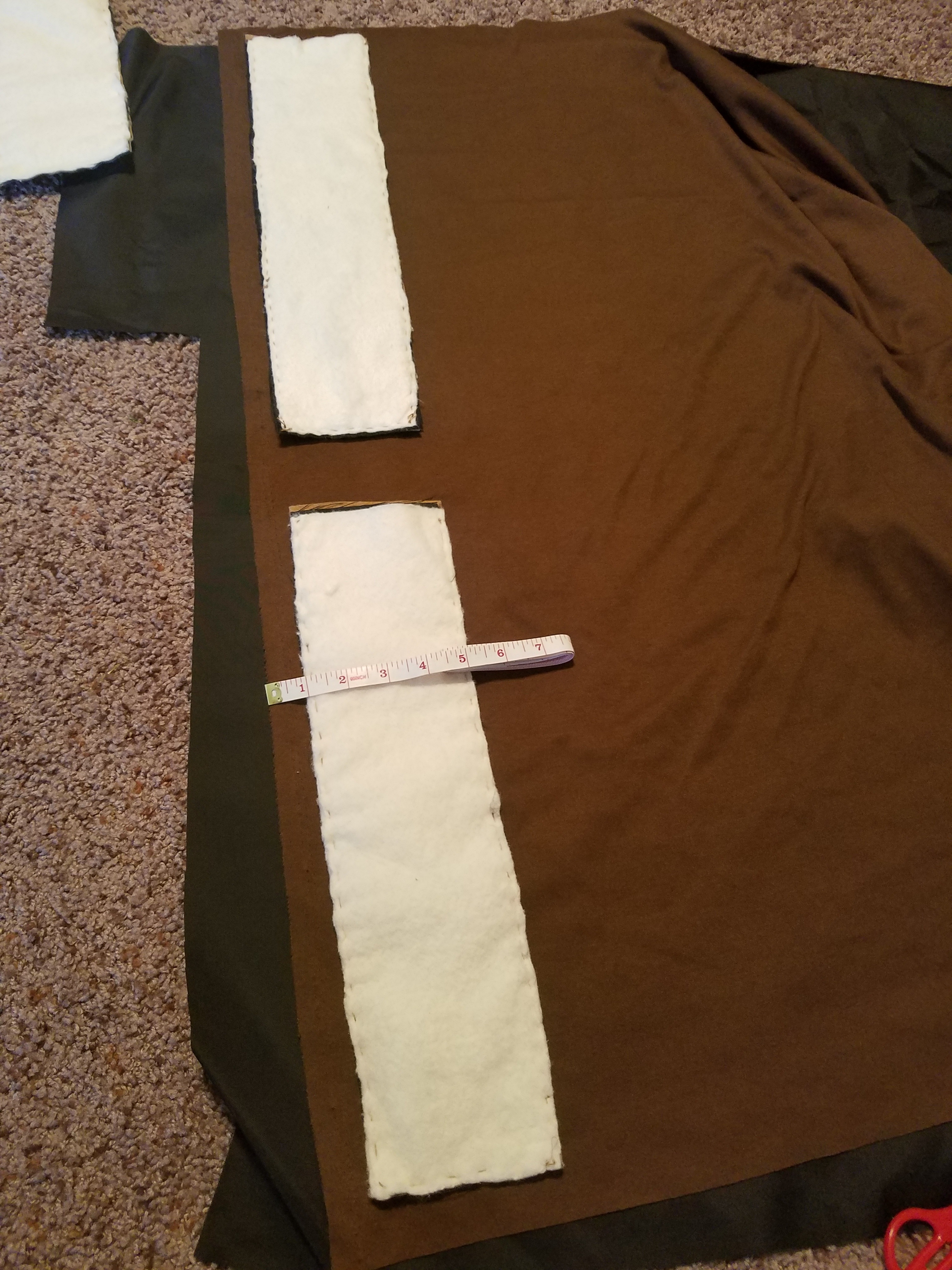 Picture of Sewing the Edges + Adding Linen