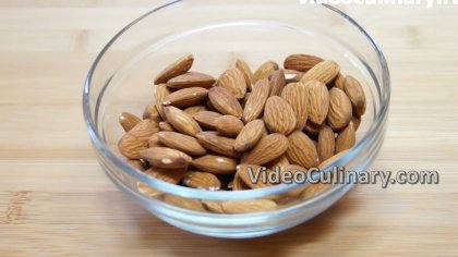 Picture of How to Blanch Almonds