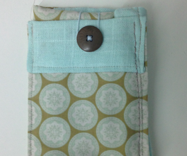"""""""Forget-Me-Not"""" Phone Wallet"""