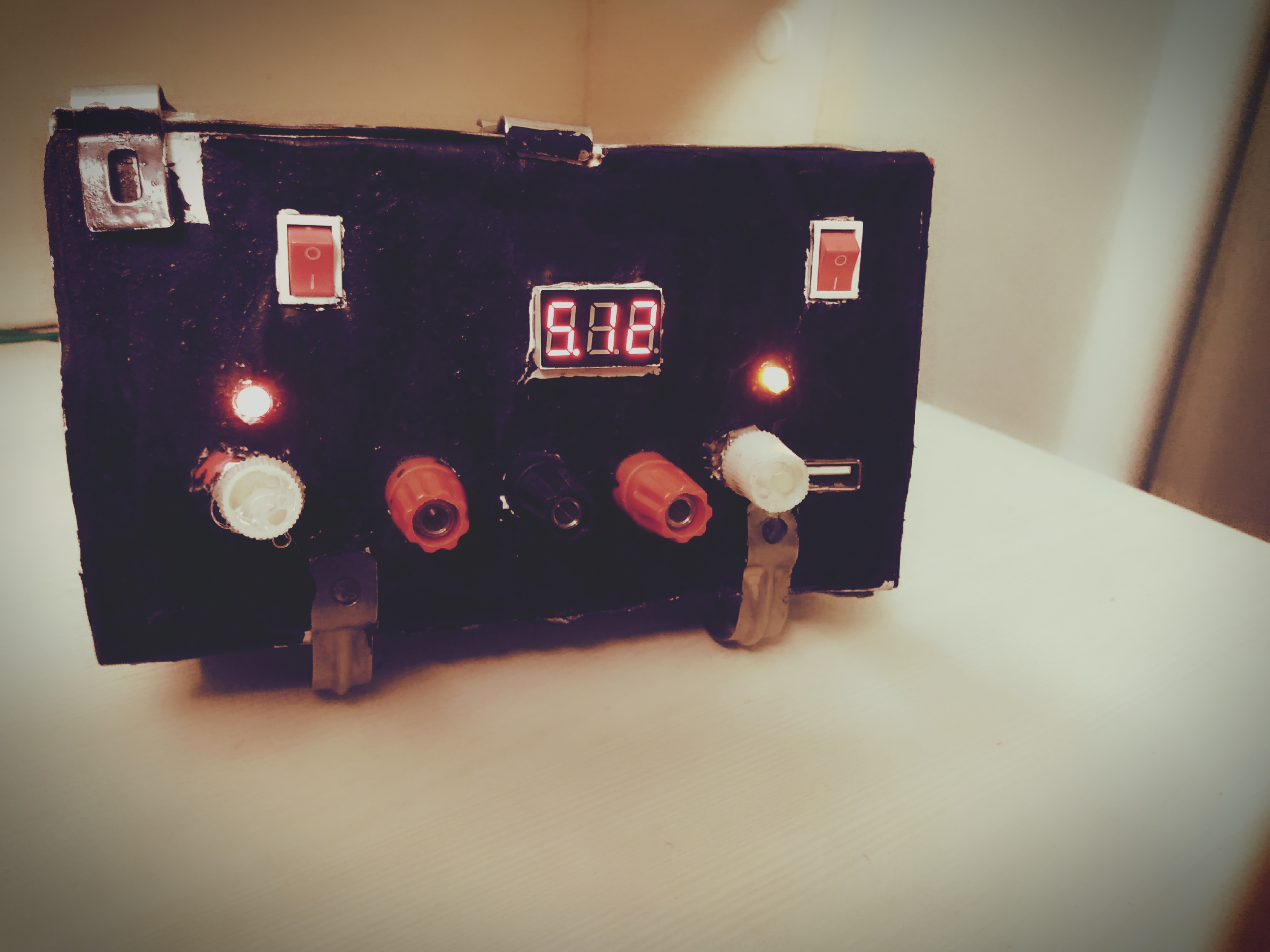 Picture of Advanced Adjustable Dual Mode DC Voltage Regulator
