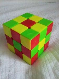 Rubiks Cube Tricks: Centers Edges Corners