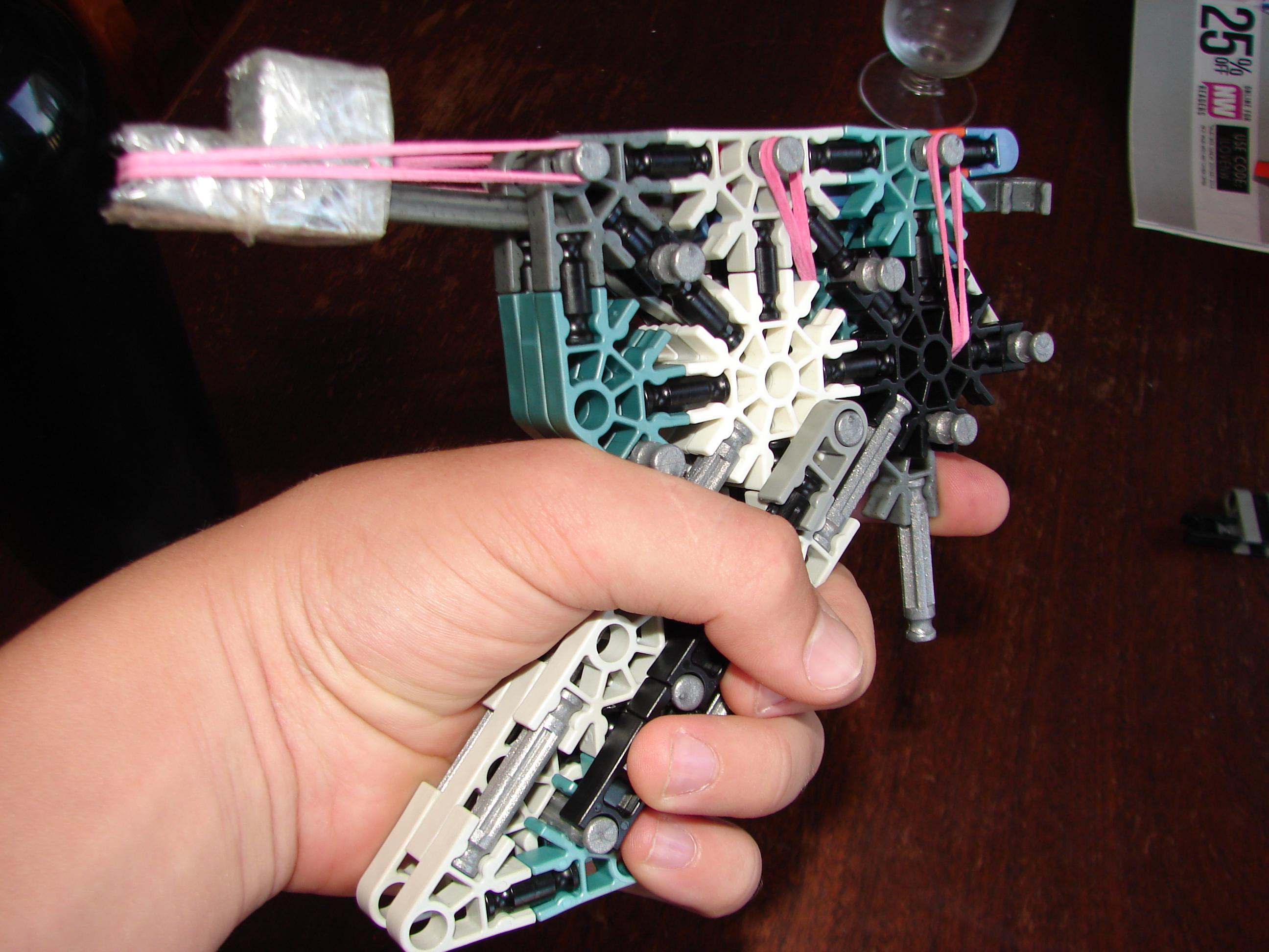 Picture of K'nex Gun