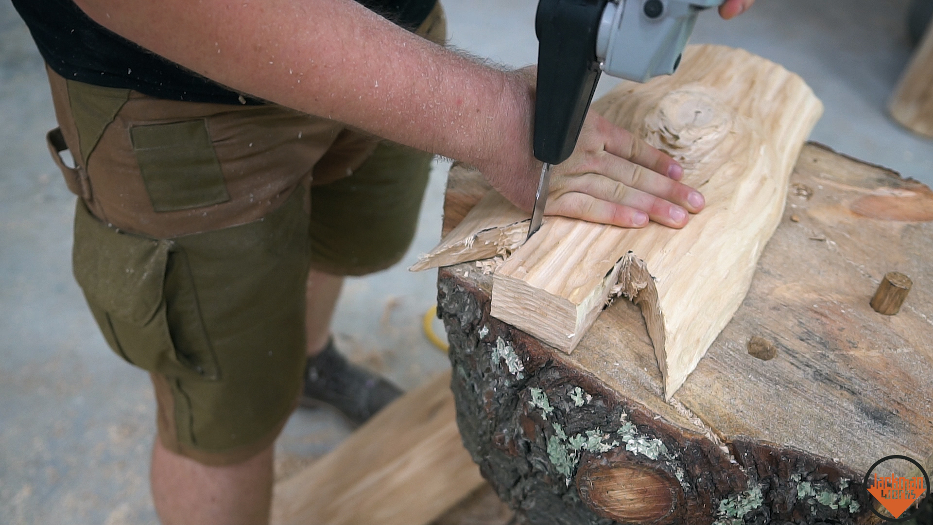 Picture of Cutting Out the Tenons in the Legs