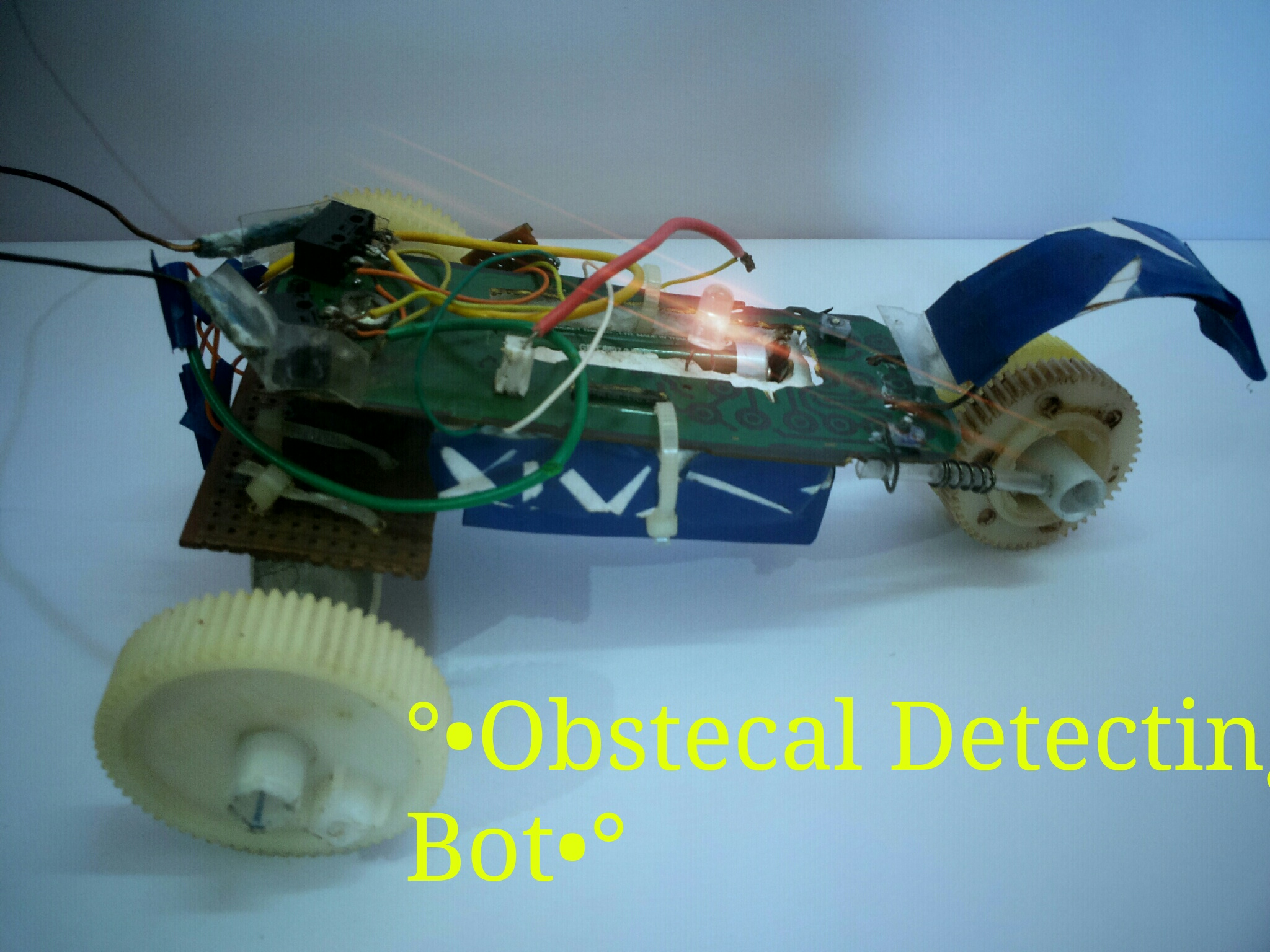 Picture of SIMPLE OBSTACLE DETECTING ROVER