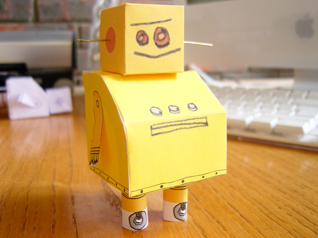 Instructables Robot -- Paper Model: 8 Steps (with Pictures)