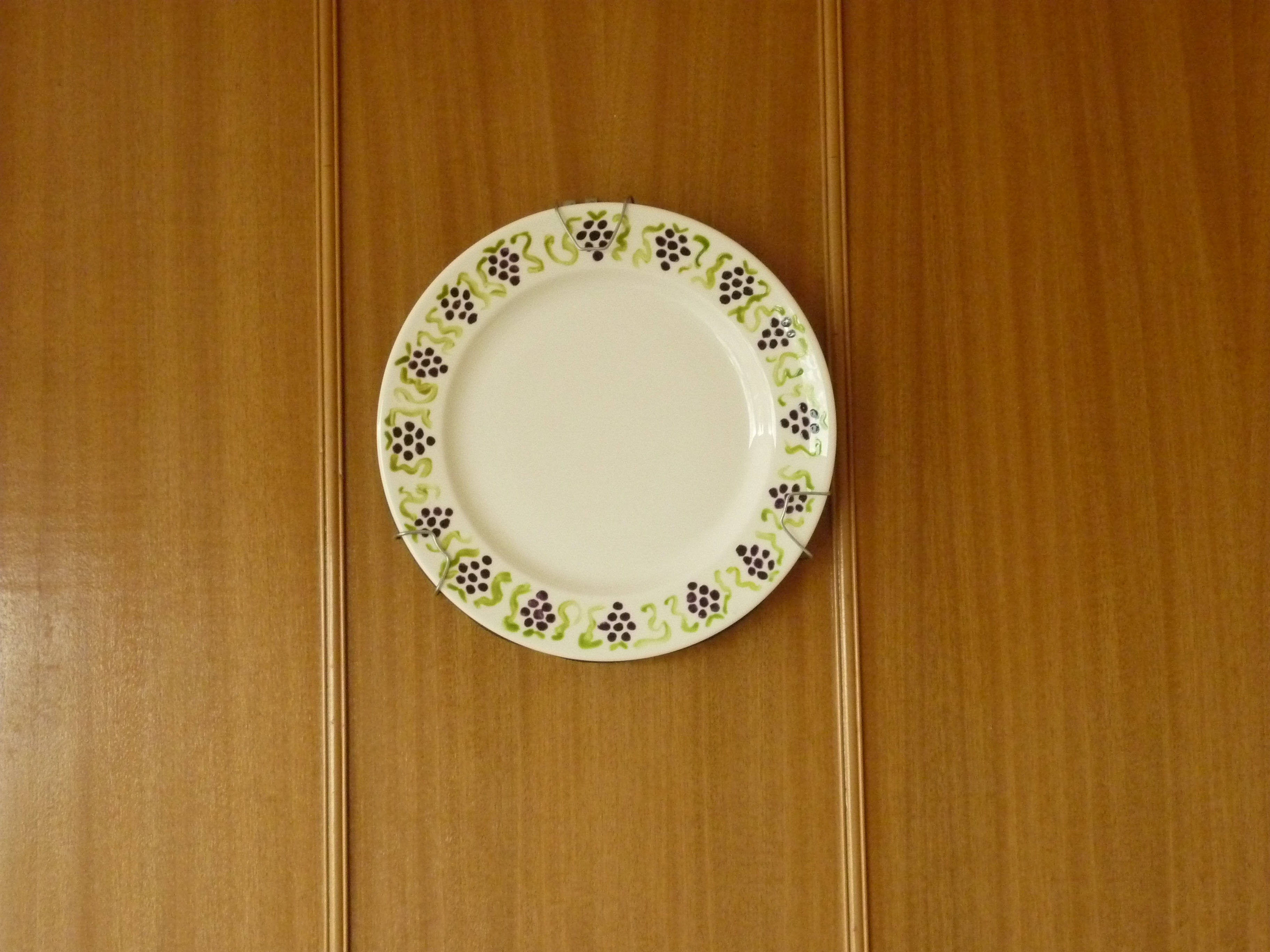 Picture of Hang a Plate on the Wall