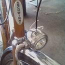 Easy-peasy bolt-on halogen bike light