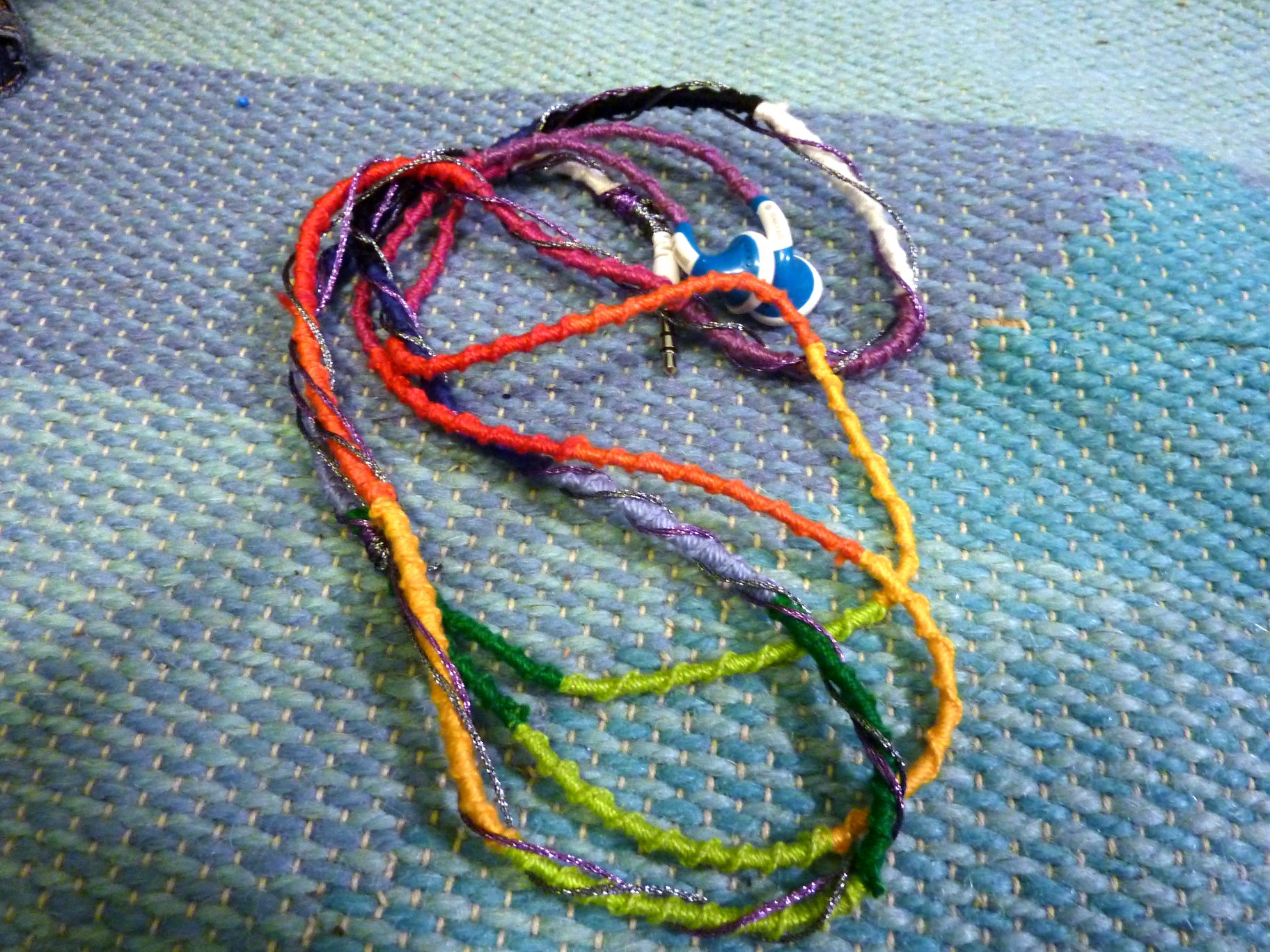 Picture of How to Make Earbuds Colorful Using Thread