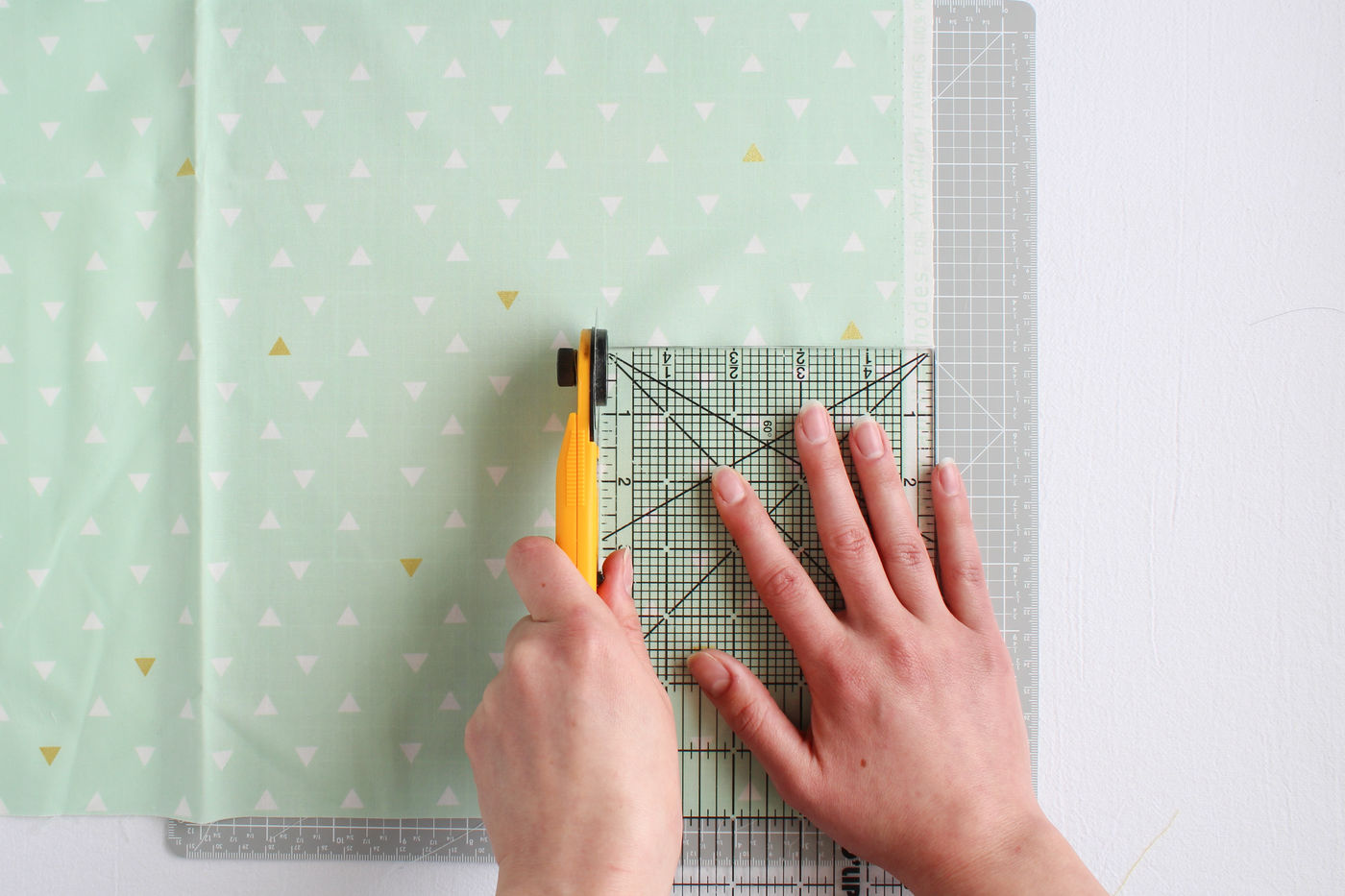 Cutting Out Pattern Pieces With a Rotary Cutter