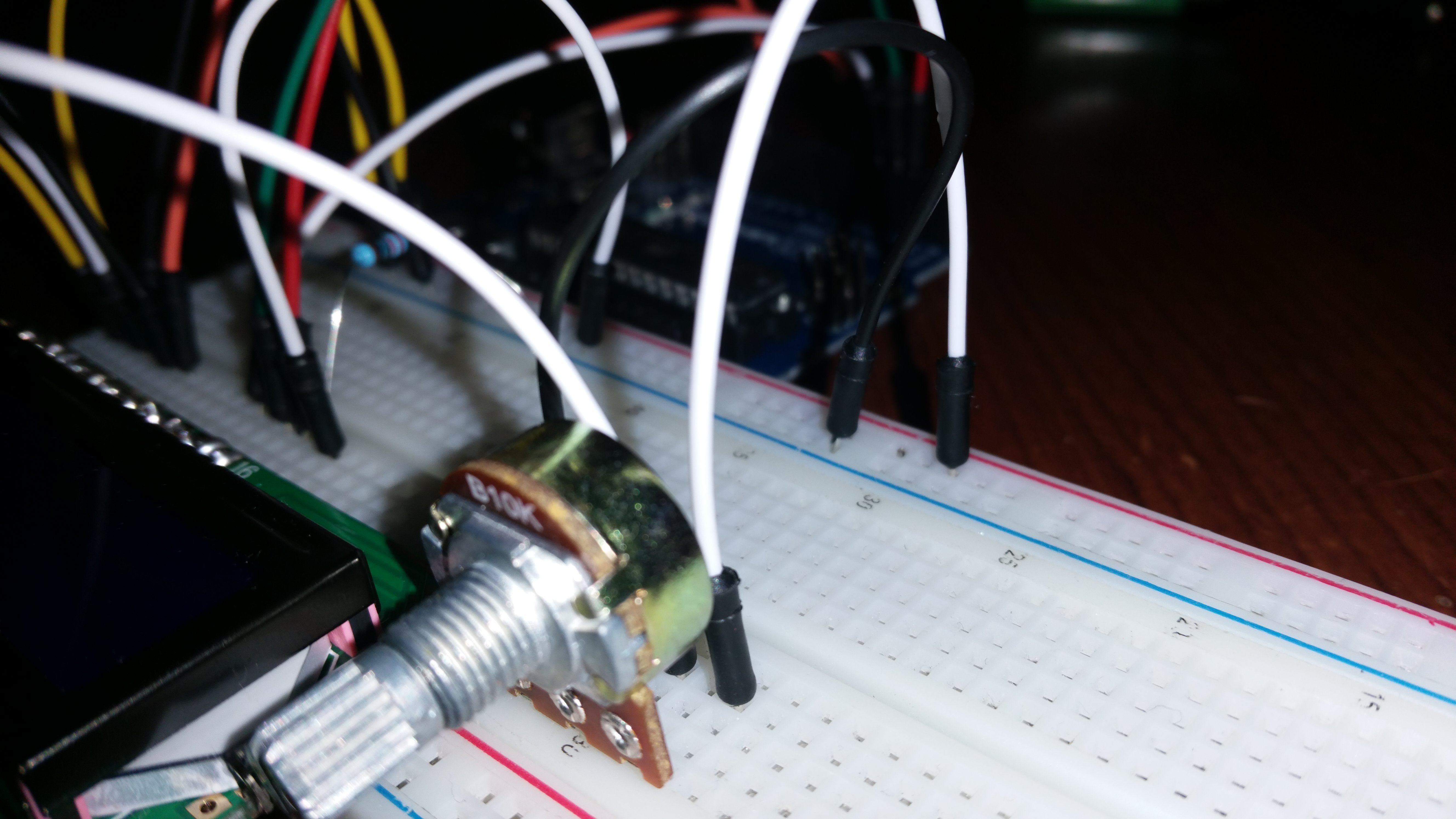 Picture of Connecting the Potentiometer and the LM35