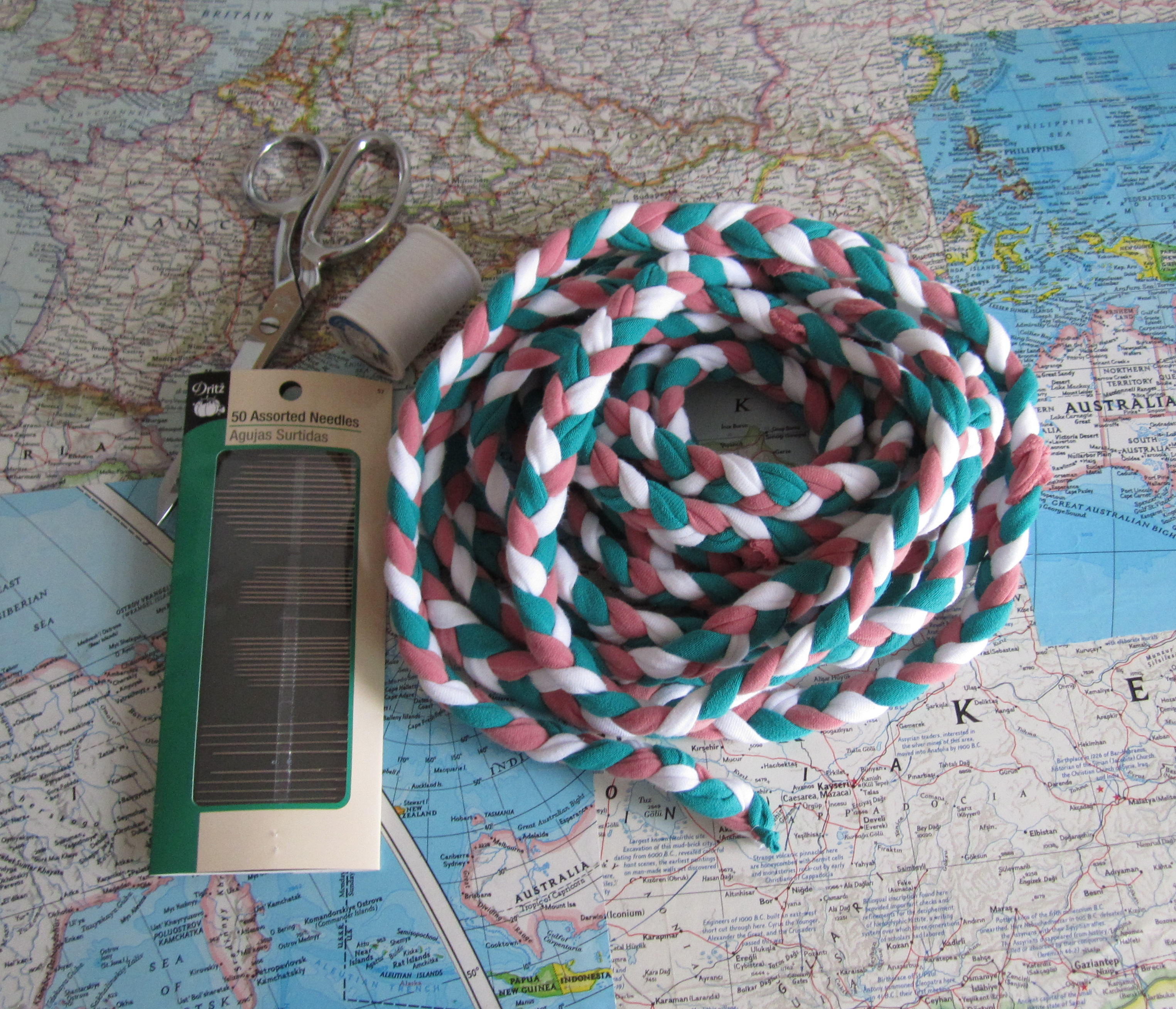 Picture of Braid the Yarn!