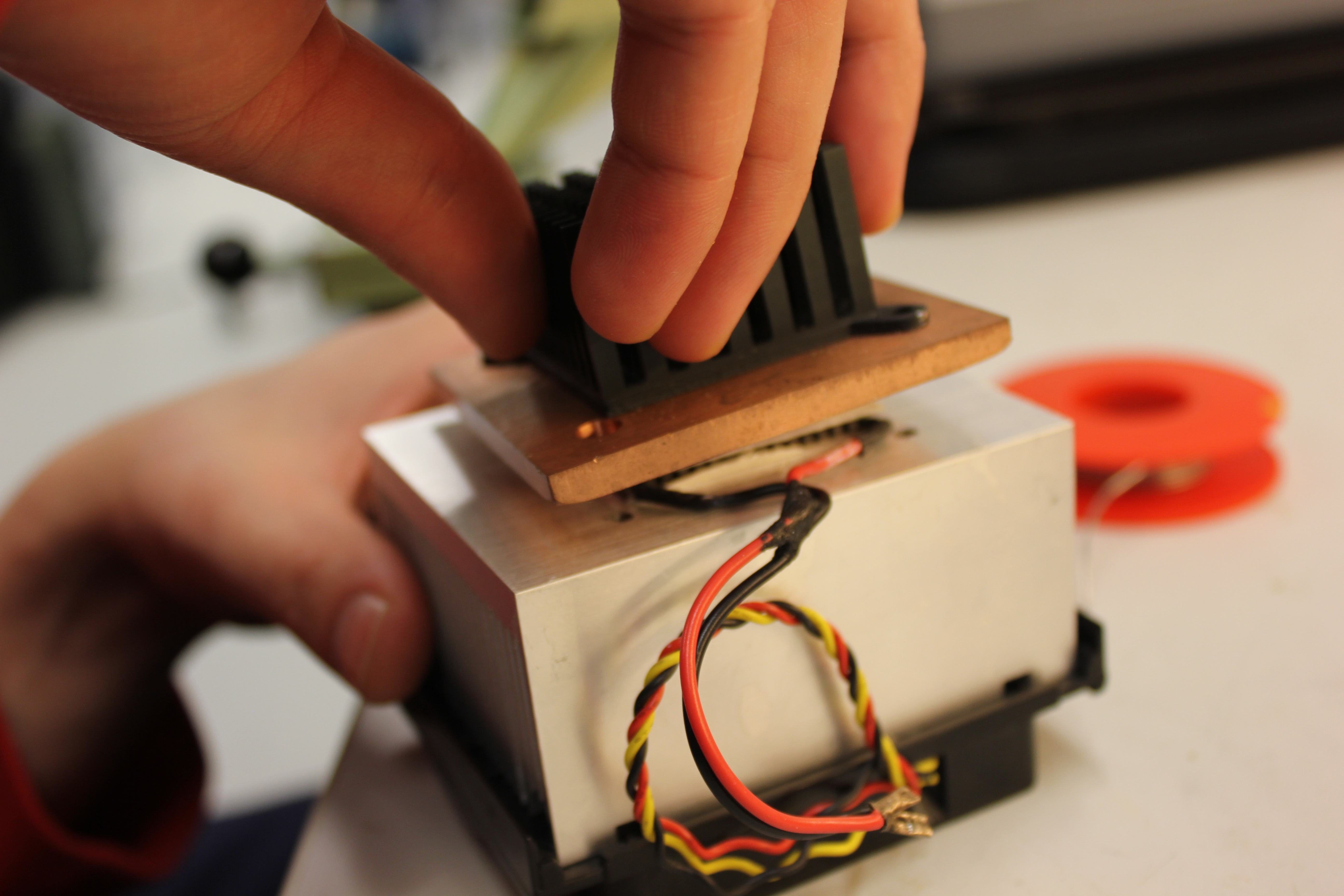 Picture of Thermo-electric Battery Charger