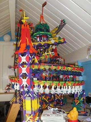 Fort Kecil - a Knex Ball Machine