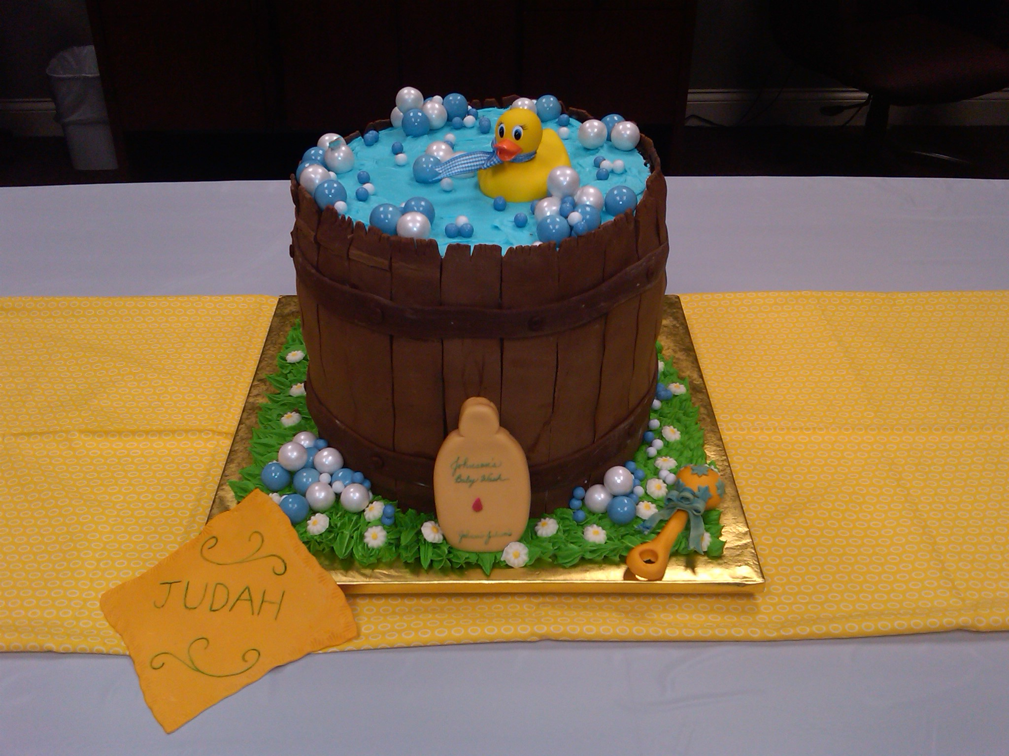 Picture of Rubber Ducky Baby Shower Cake