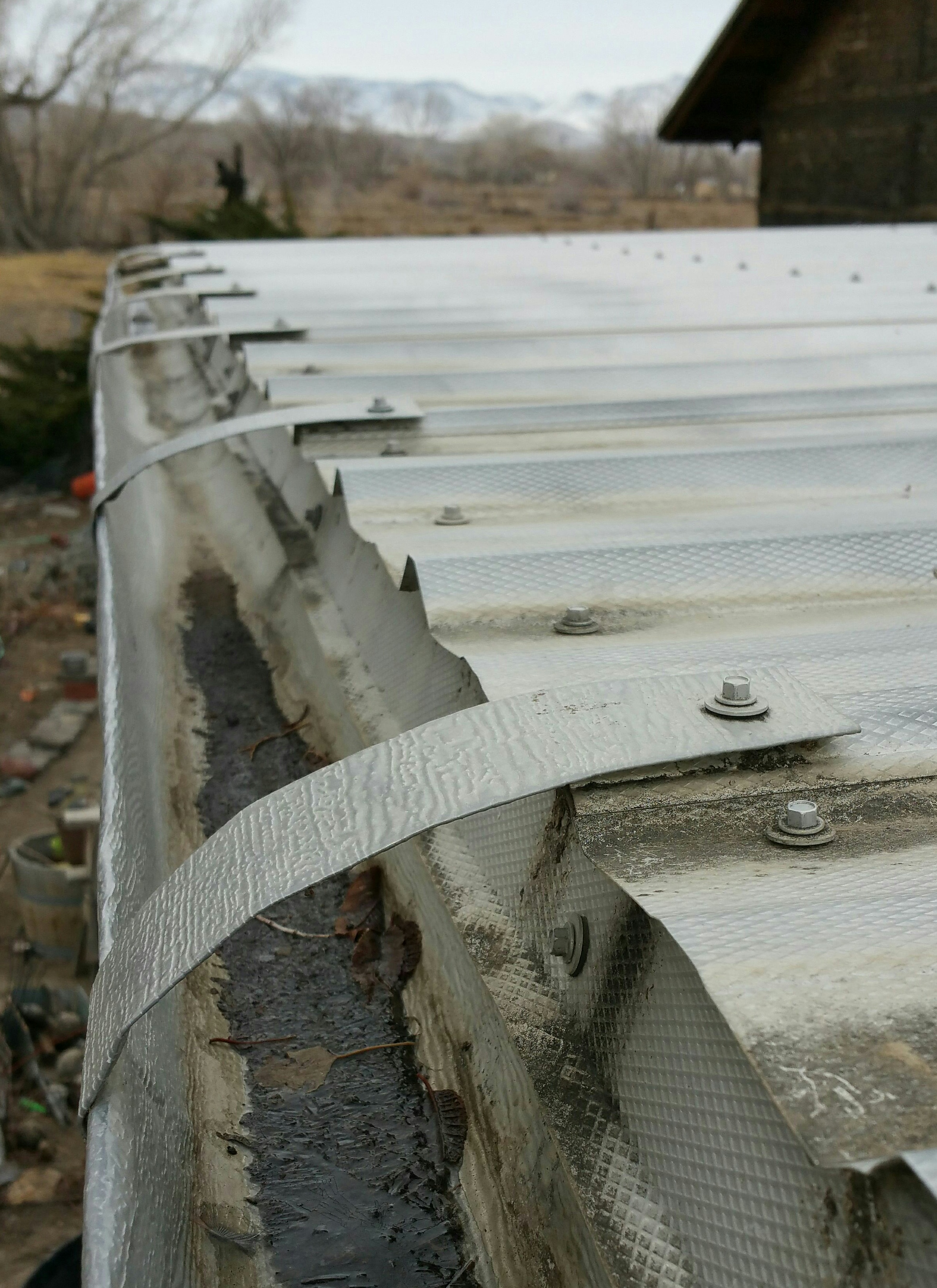 Picture of Installation of the Rain Gutters