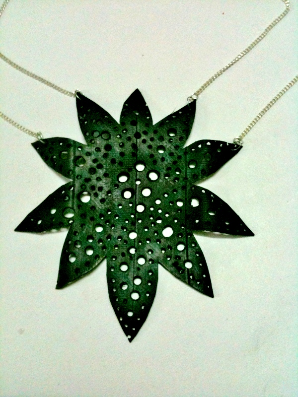 Picture of Leaf Necklace