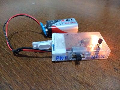 The Transistor Testenator