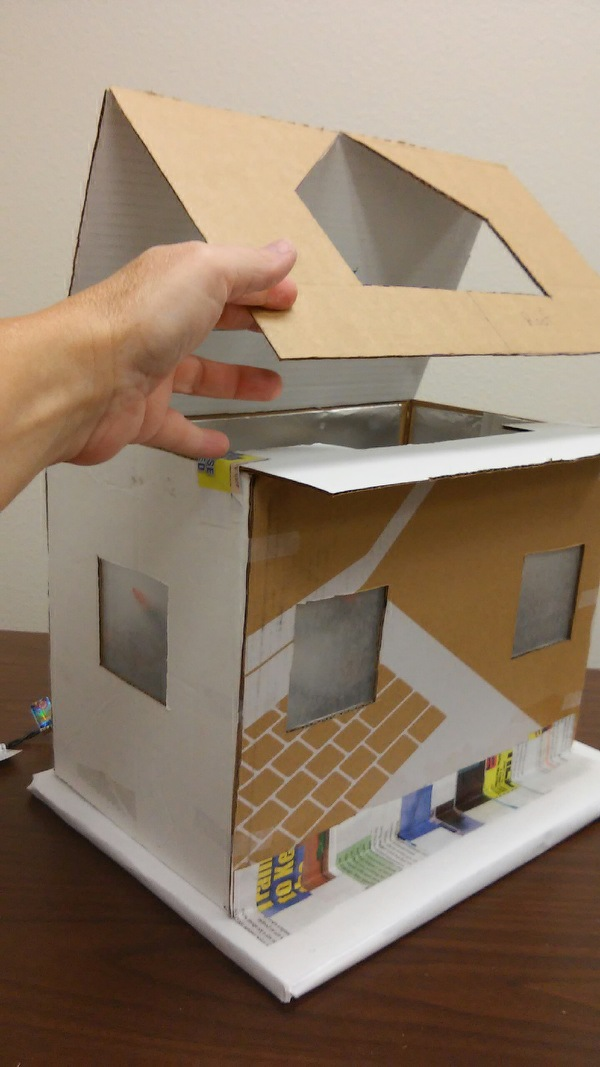 Picture of Cardboard Roof