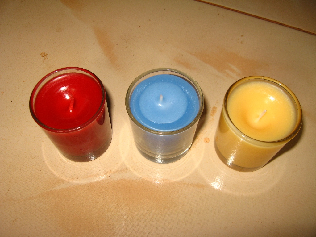 Picture of Container Candles