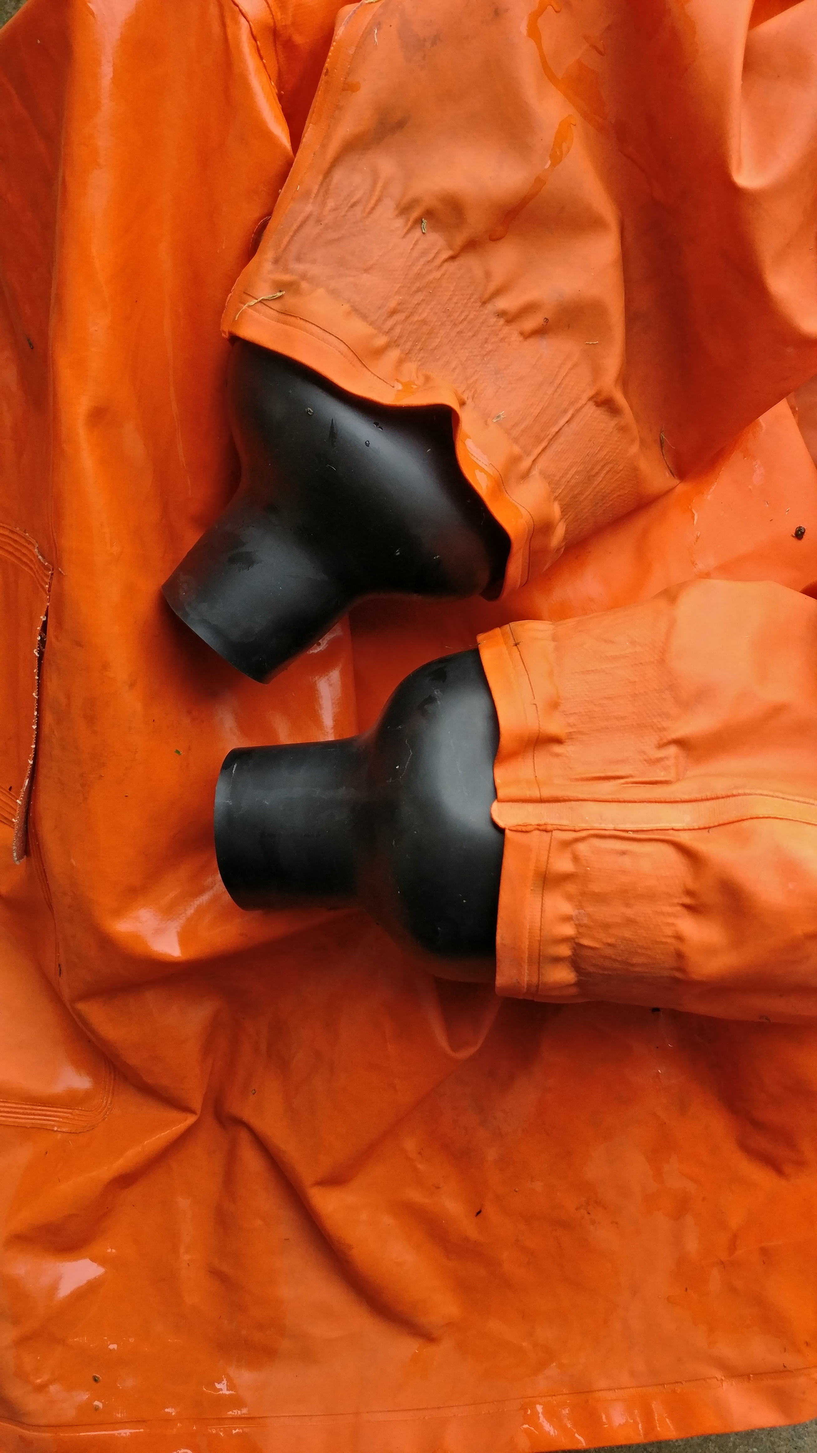 Picture of Add Wrist Seals to Your Raincoat