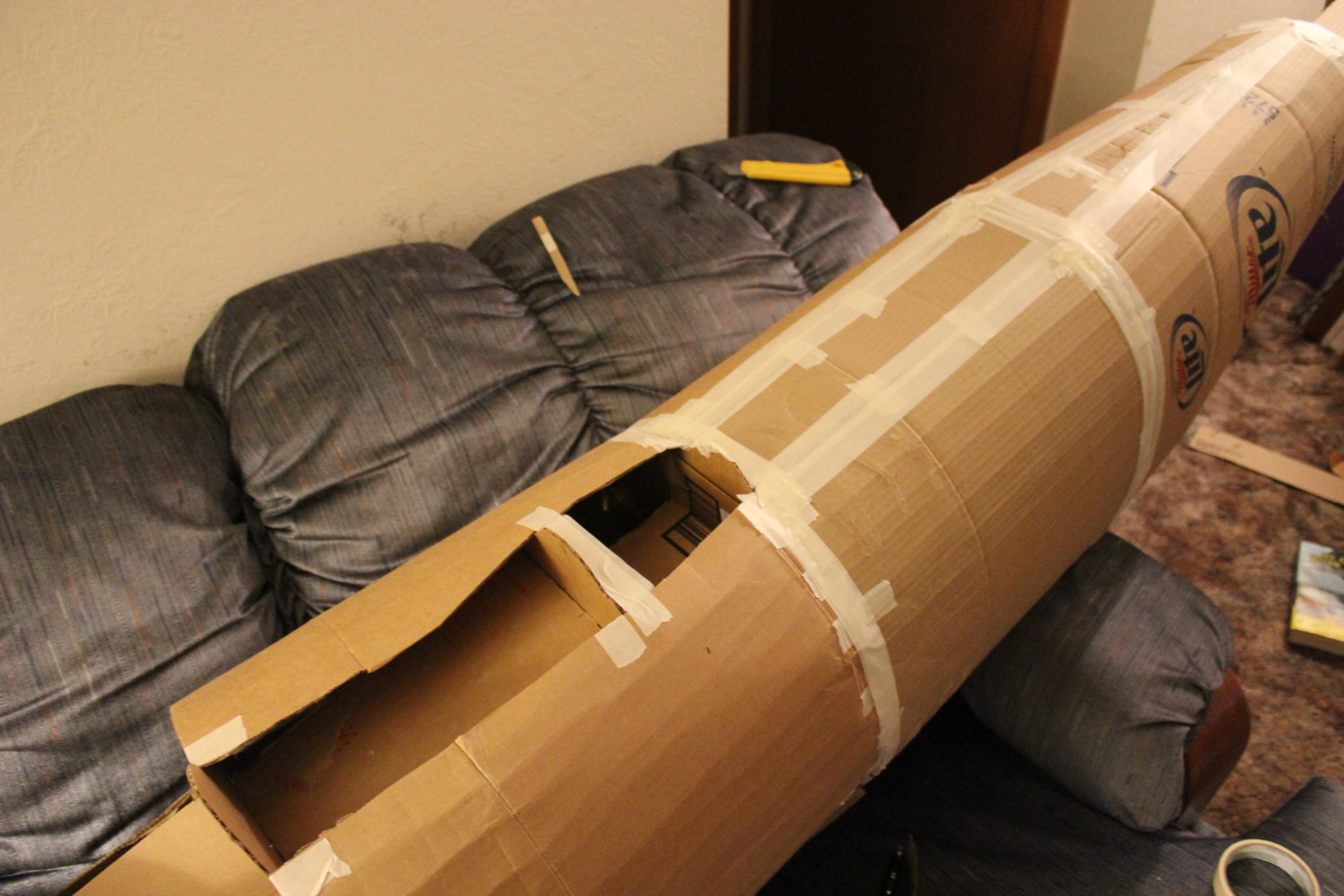 Picture of Covering the Body in Cardboard and Getting a Head