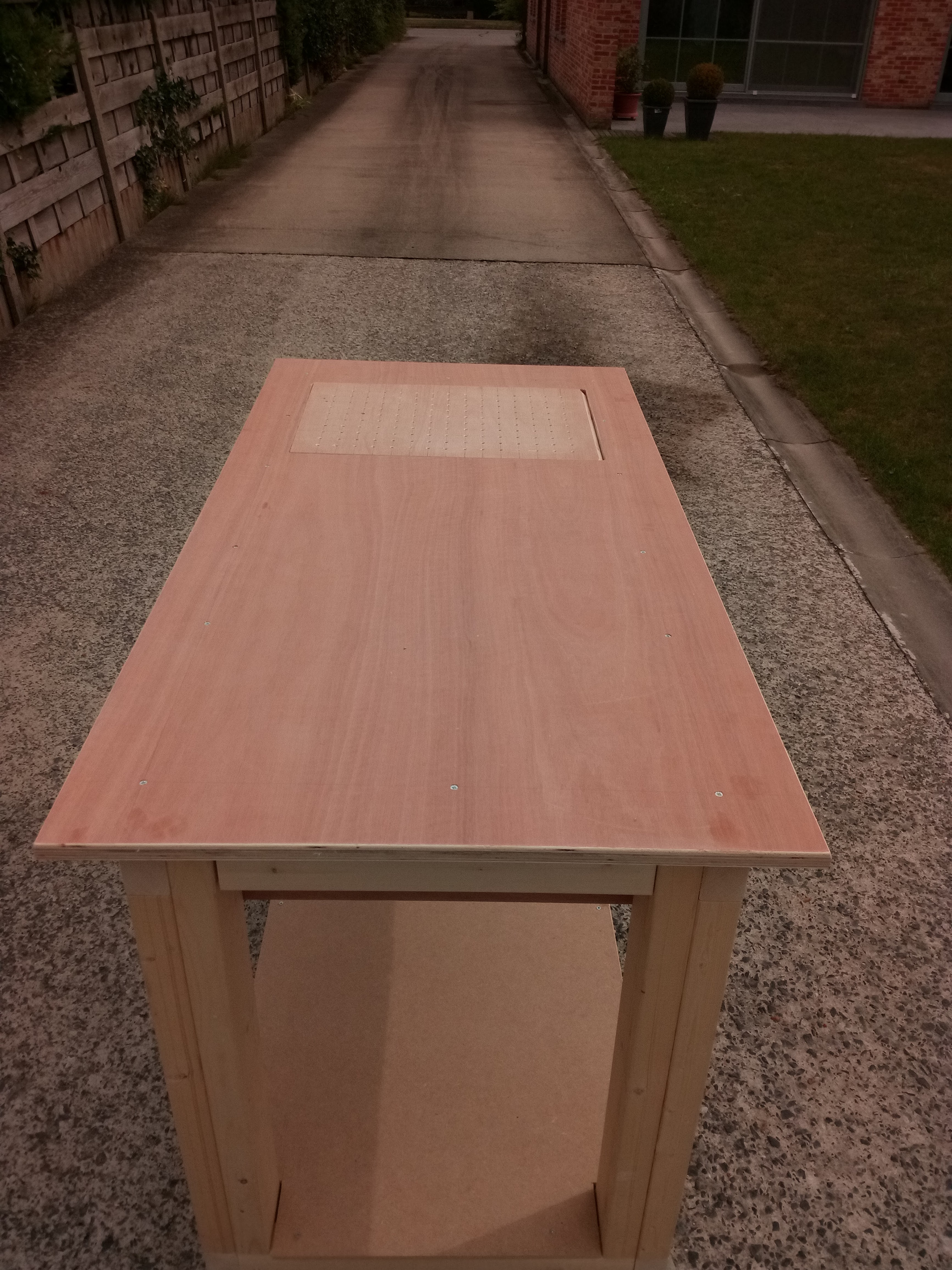 Picture of Rolling Workbench + Downdraft Table