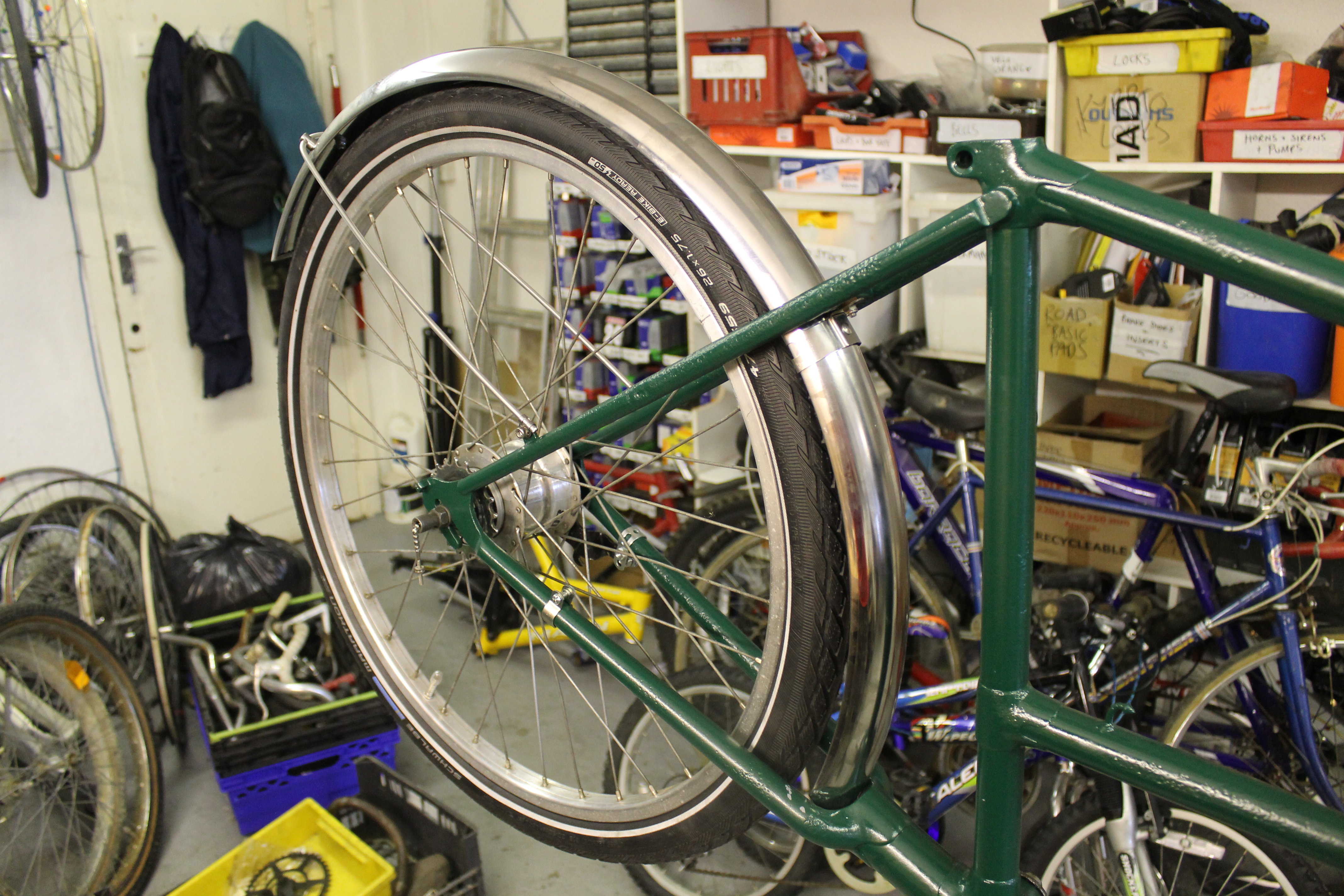 Picture of Attach Wheels and Mudguards