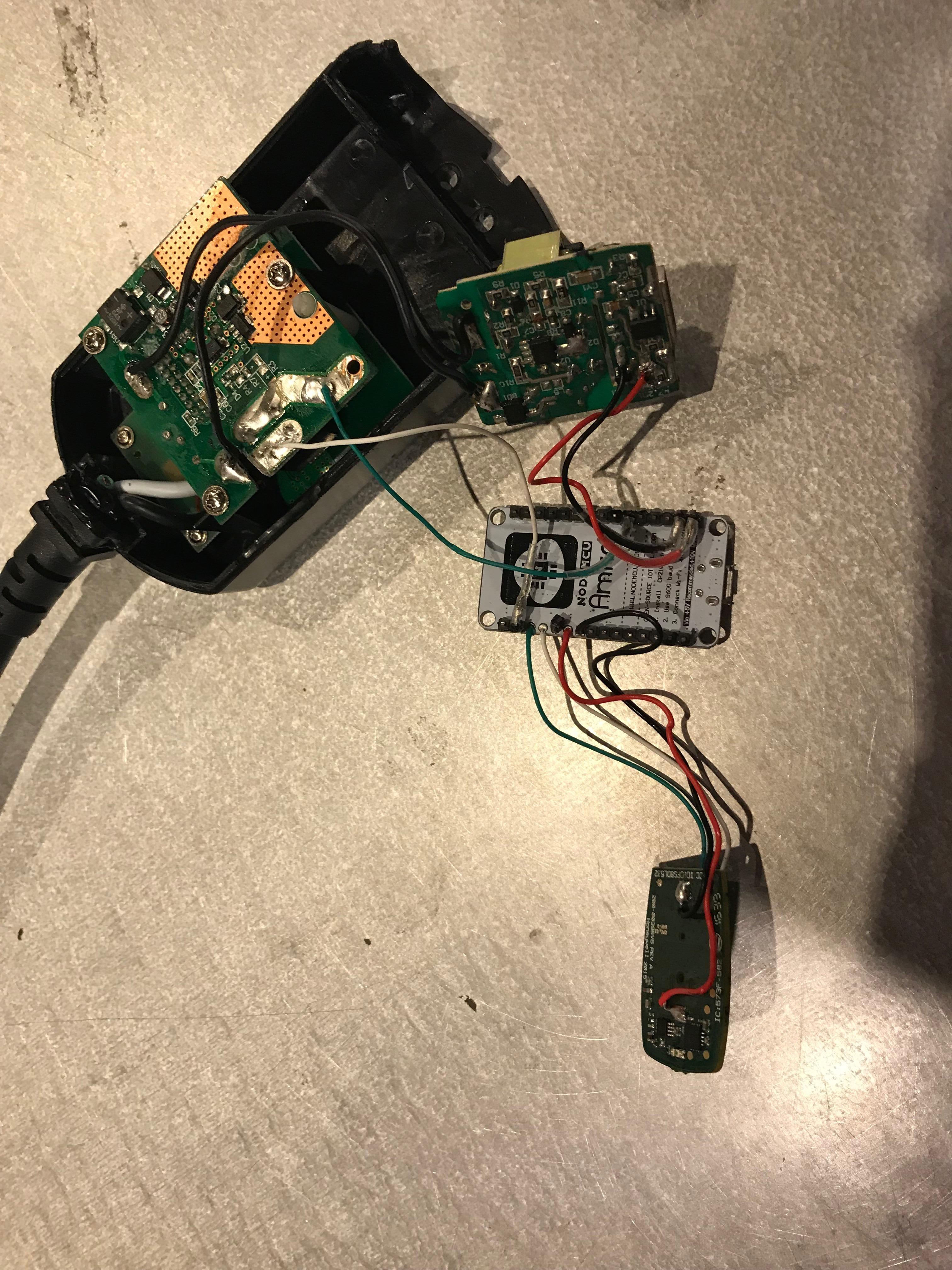 Picture of Powering the Arduino/Honeywell Keyfob