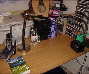 How to Decorate Your Office Table