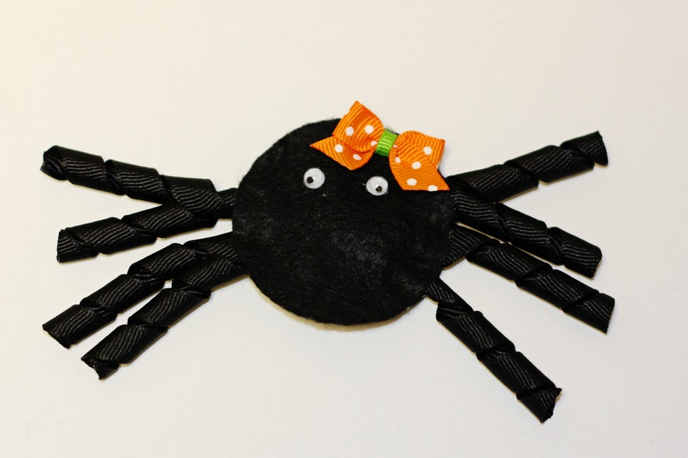 Picture of Felt Spider Hair Clip