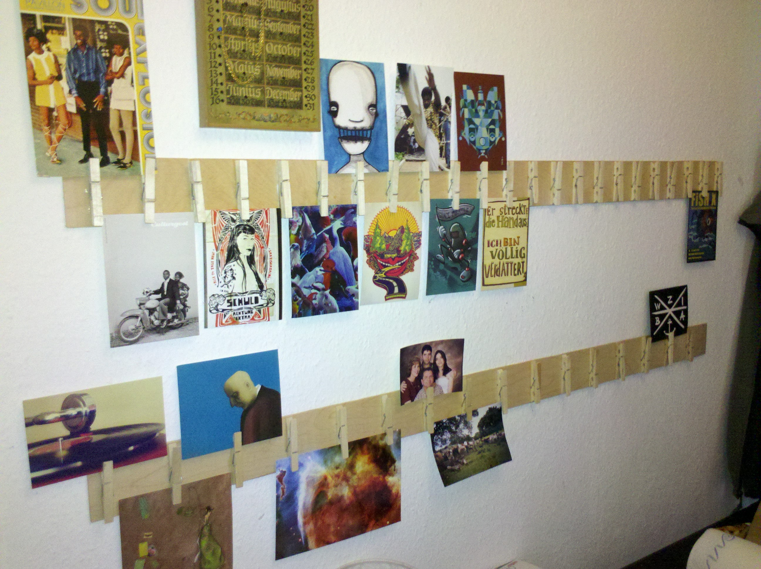 Picture of Hang the Boards at the Wall and Decorate