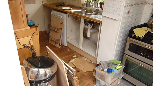 Rip Out Your Old Kitchen Units and Dispose of Them Responsibly