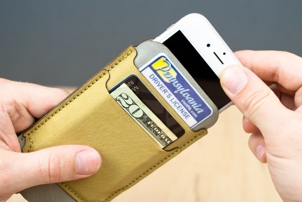 Picture of Custom IPhone Wallet Kit