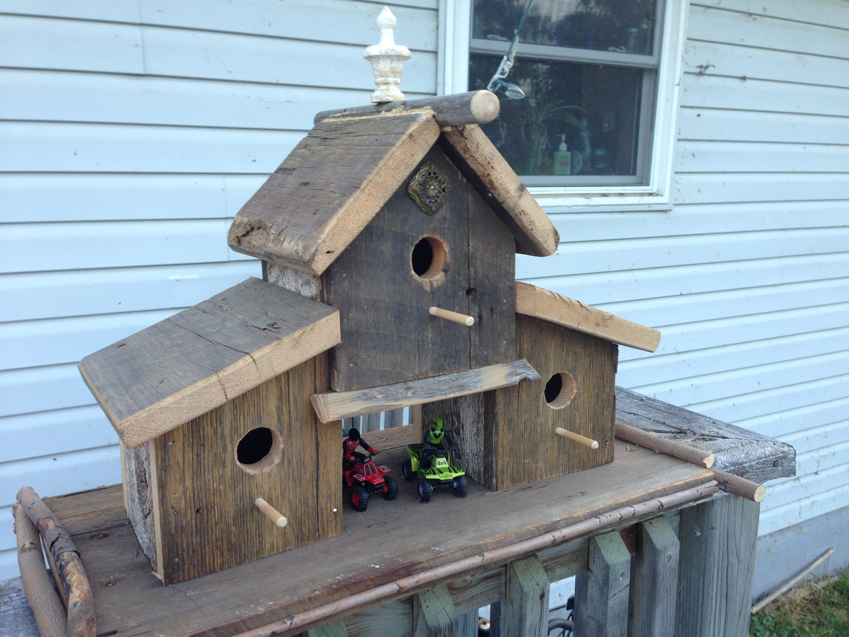 Picture of Father/Son Birdhouse Project