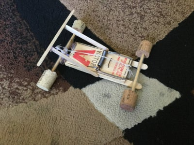 Small Mouse Trap Car