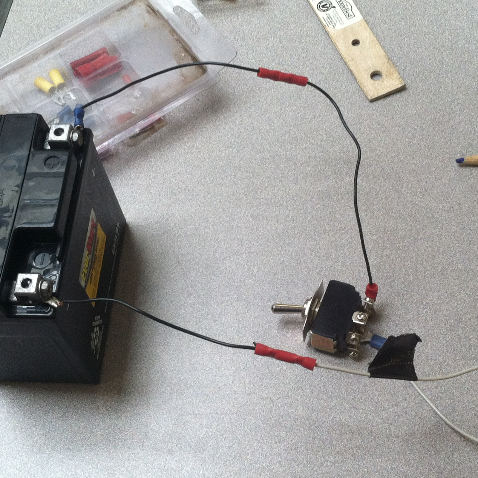 How to Build a Solar Powered Boombox: 10 Steps