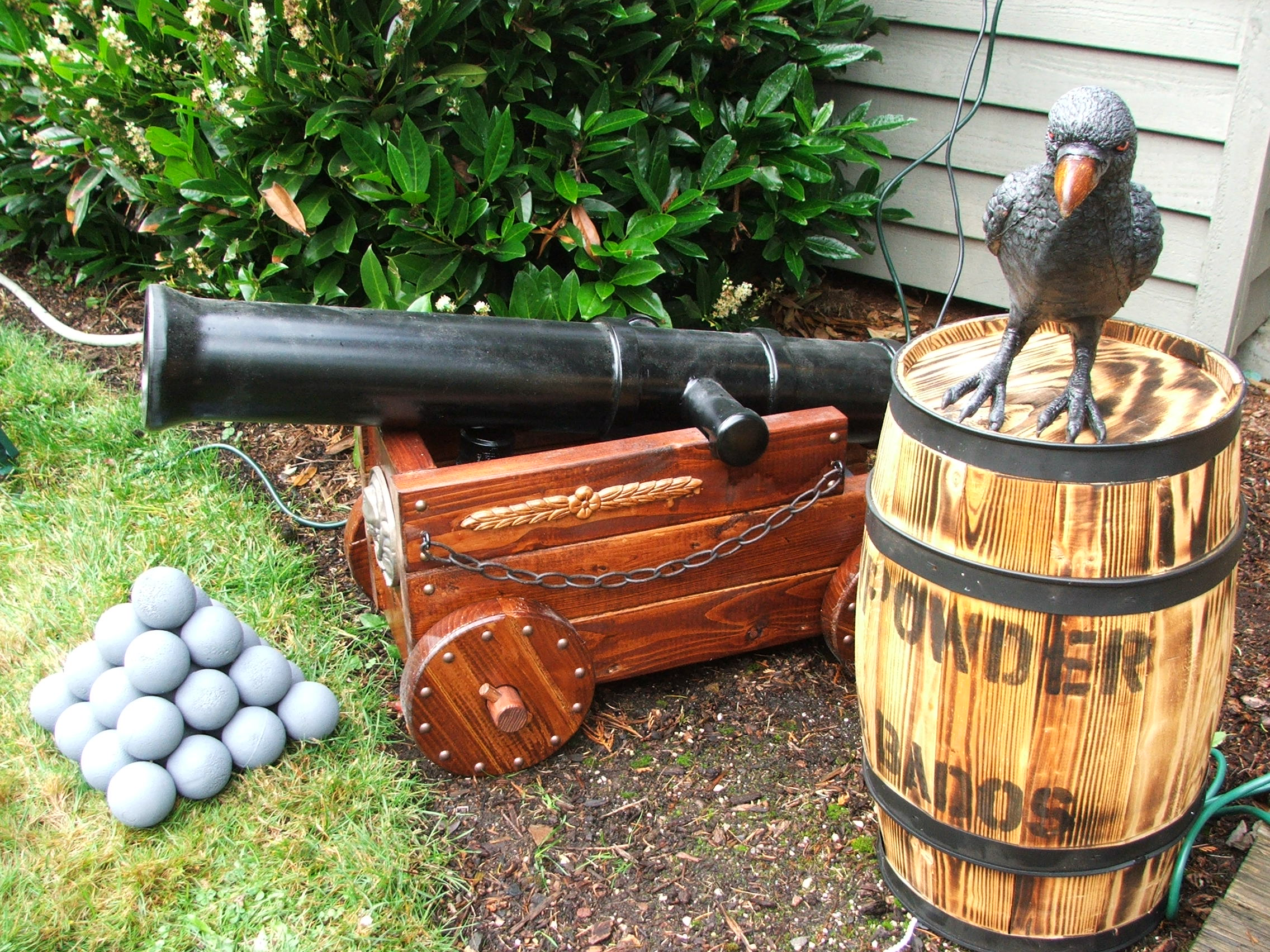 Picture of Halloween Pirate Cannon (and Fog Machine Disguiser)