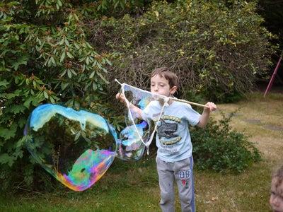 Giant Bubbles Time!