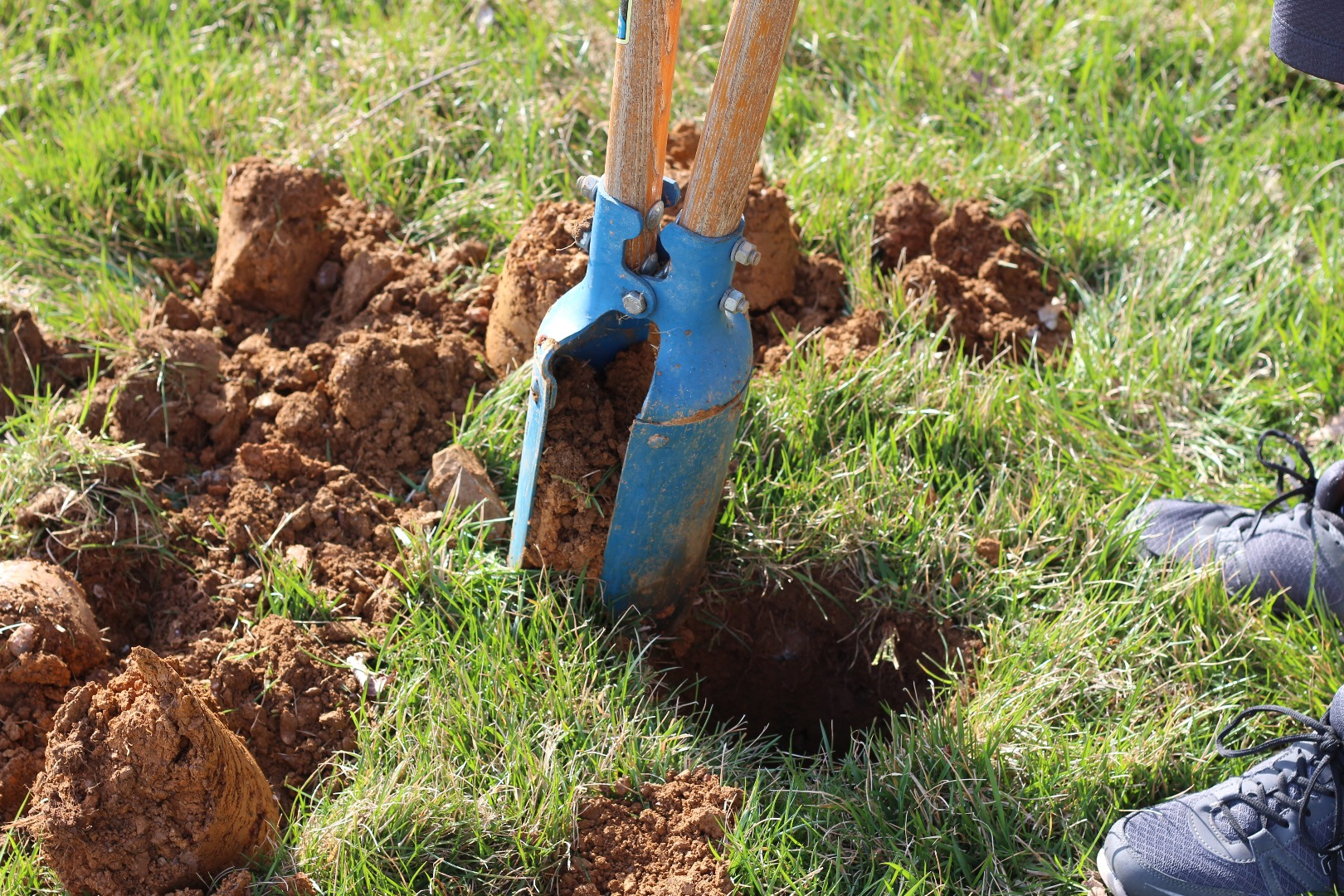Picture of Dig Post Hole