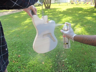 Painting the Guitar