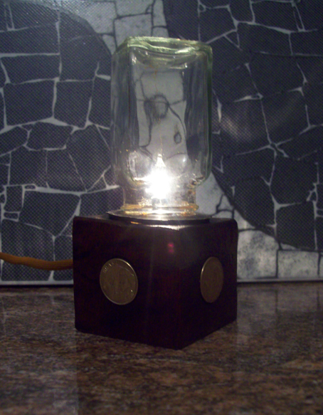 Picture of Steampunk Incandescent USB Lamp
