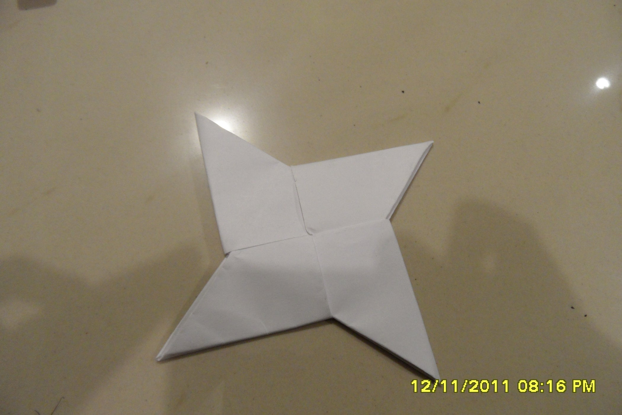How To Make A Paper Shuriken 13 Steps 3d Origami Animation Diagrams Animated Diagram Fold