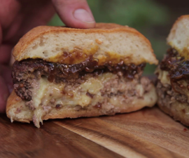 How to Cook a Juicy Lucy (or Jucy Lucy) Cheeseburger