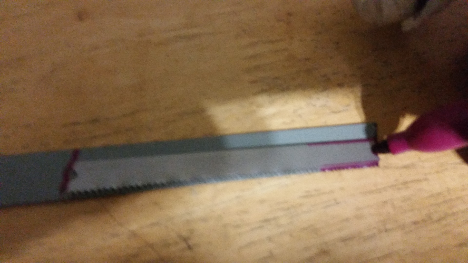 Picture of Outline and Cut Hacksaw Blade